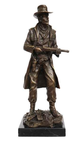 Bronzeskulptur Cowboy auf Steinplinthe