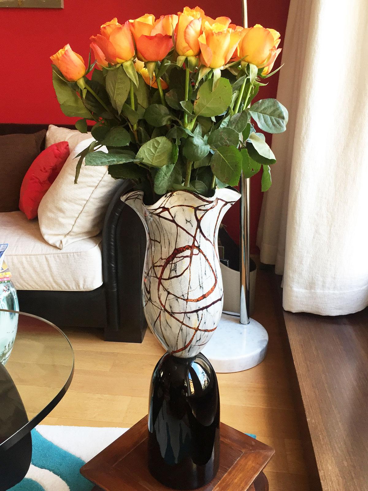 Lieber Alain, herzlichen Dank für das tolle Foto unserer Vase in Deinem Zuhause. ❤️ Herzlichen Dank das Du uns daran teilhaben lässt. Liebe Grüße senden die Kreiner Brüder