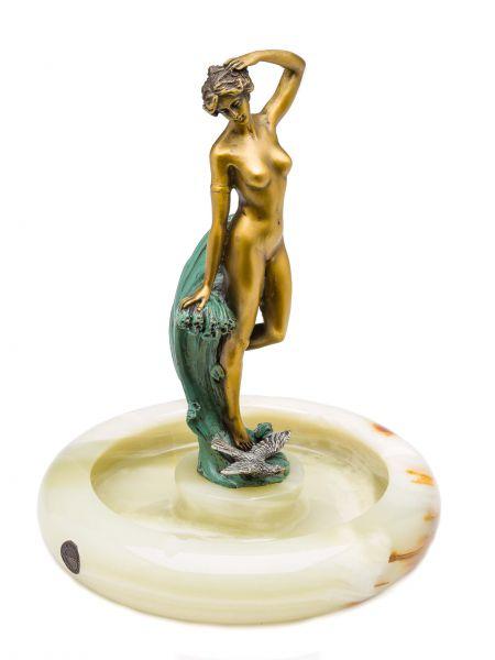 Aschenbecher aus Onyx und Bronze im Antik Stil Akt Frau Höhe 24cm ashtray
