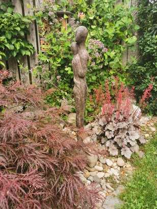 Liebe Kundin, herzlichen Dank für das wunderschöne Foto mit unserer Skulptur in deinem Garten. ❤️ Das hat uns sehr gefreut ! Wir wünschen Dir alles Gute für die Zukunft. Lass es Dir gut gehen. Die Brüder Eric & Thomas