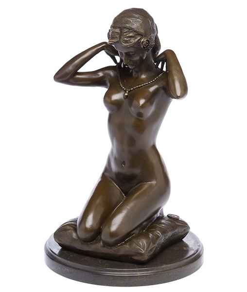 Bronzefigur kniende Frau Erotik Bronze Bronzeskulptur antik Stil sculpture Nude