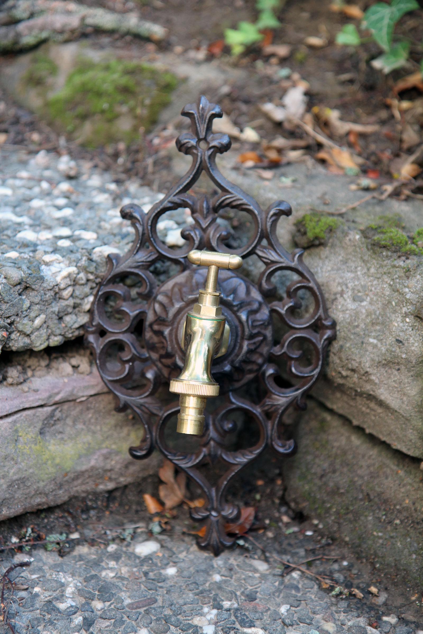 Nostalgie Wasseranschluss Zierrosette Eisen Wasserhahn Garten Braun