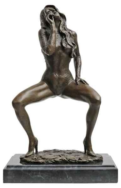Bronzeskulptur Erotik erotische Kunst Frau im Antik-Stil Bronze Figur 30cm
