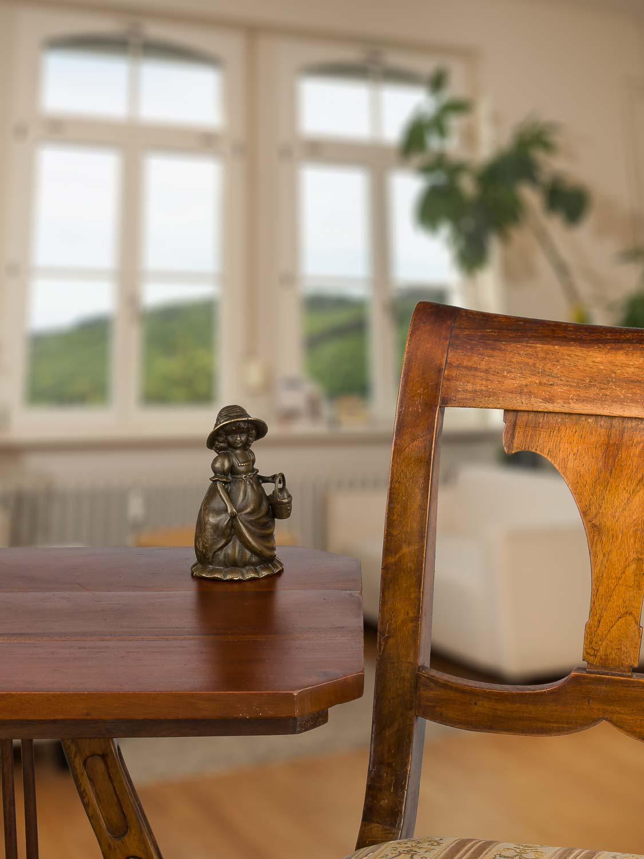 Bronzeskulptur Tischglocke Glocke Mädchen im Antik-Stil Bronze Figur Statue 13cm
