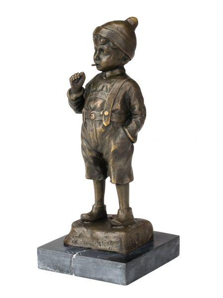 Bronze Skulptur Junge beim Rauchen Bronzeskulptur nach Schmidt-Felling