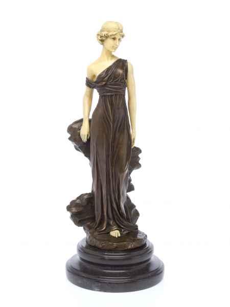 Statuette de la déesse Iphigénie - d´après Ferdinand Preiss - style Art déco - bronze