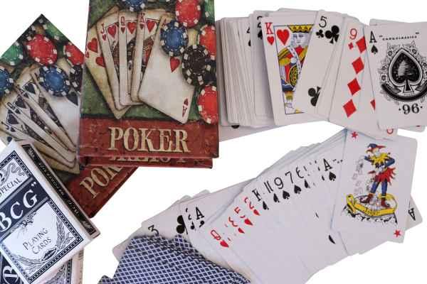 2 Poker Karten Pokerkarten Kartenspiel Box Hülle Buchattrappe Antik-Stil Joker