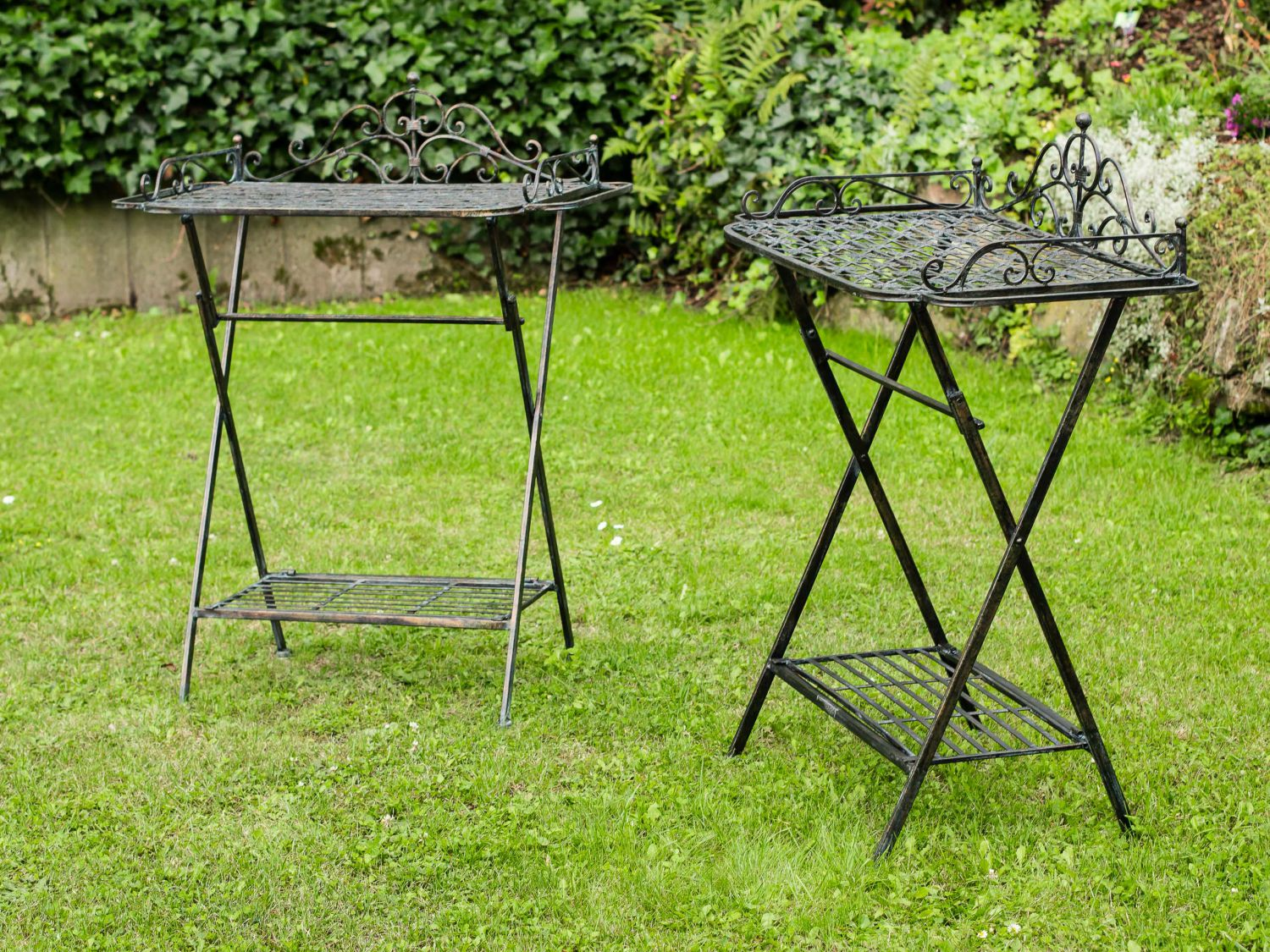 2x butlers de plateau table de salon de jardin fer ebay. Black Bedroom Furniture Sets. Home Design Ideas