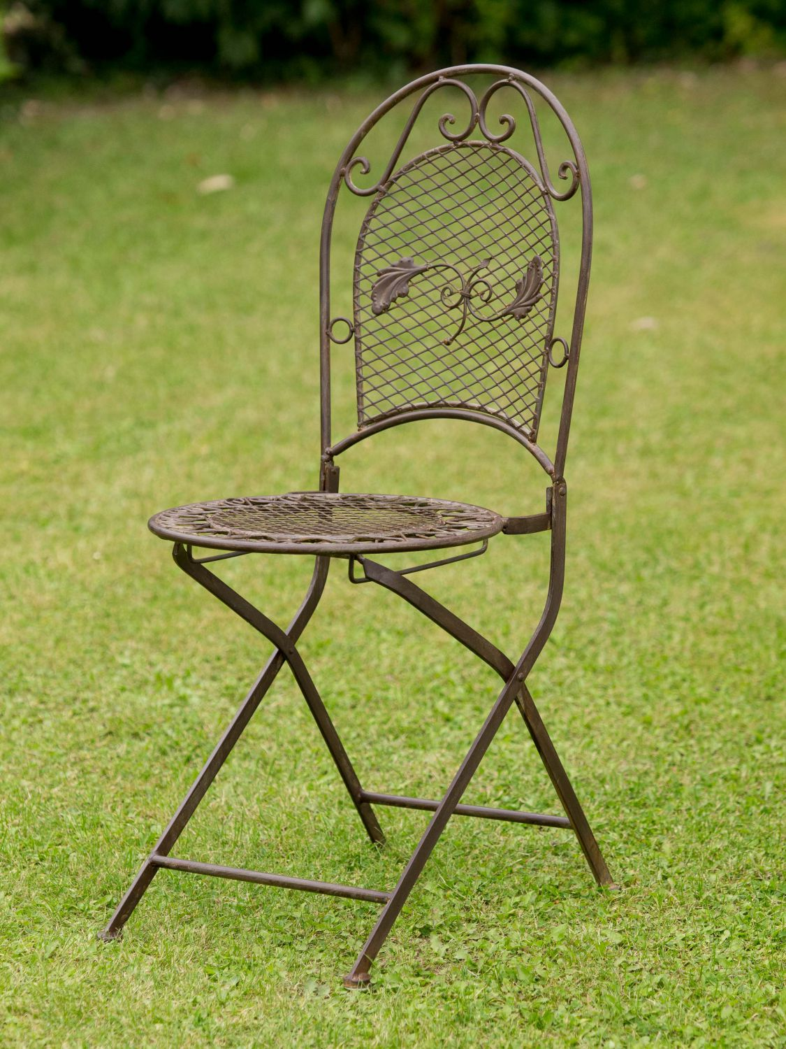 Antique style garden furniture set table 2 chairs wrought iron brown ebay Vintage metal garden furniture