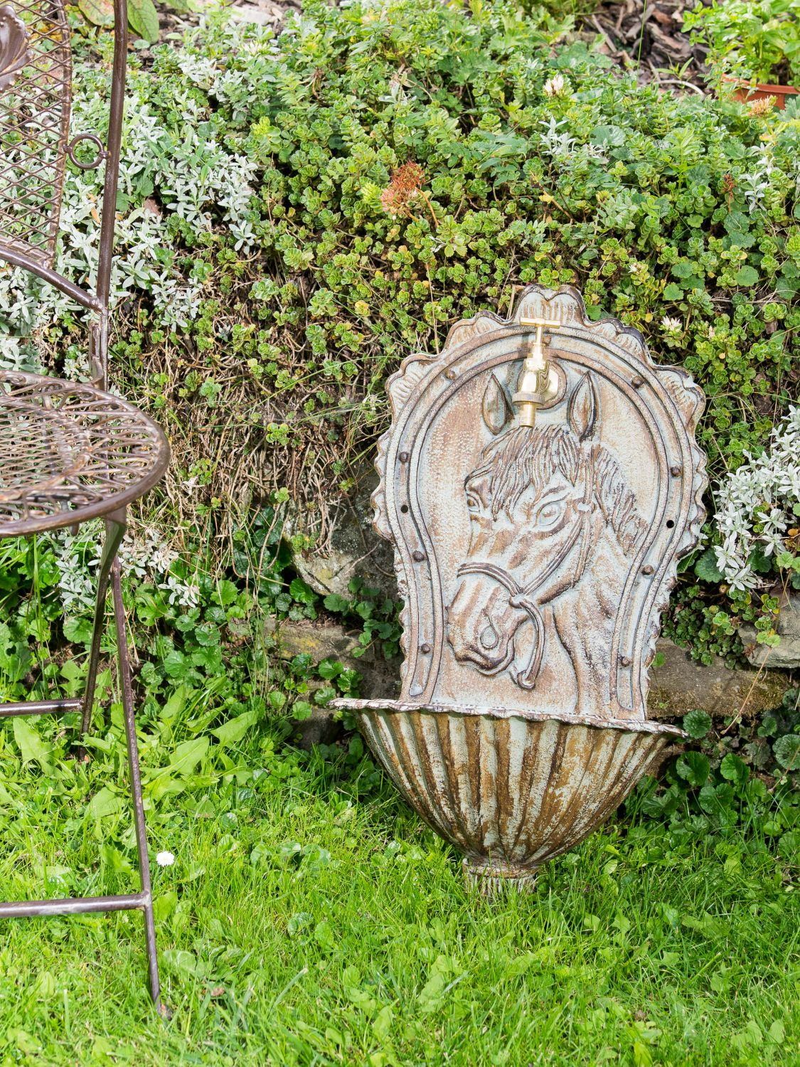 fontaine murale de jardin avec vasque fer style antique motif cheval ver ebay. Black Bedroom Furniture Sets. Home Design Ideas