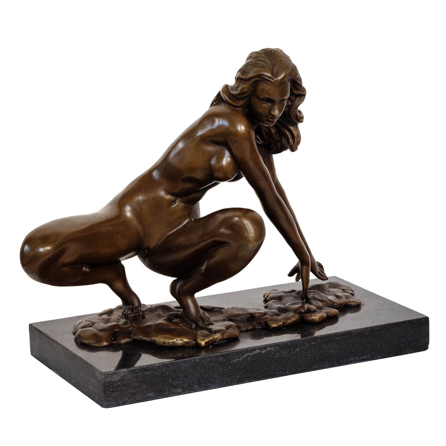 bronzeskulptur erotik erotische kunst frau im antik stil bronze figur 23cm ebay. Black Bedroom Furniture Sets. Home Design Ideas