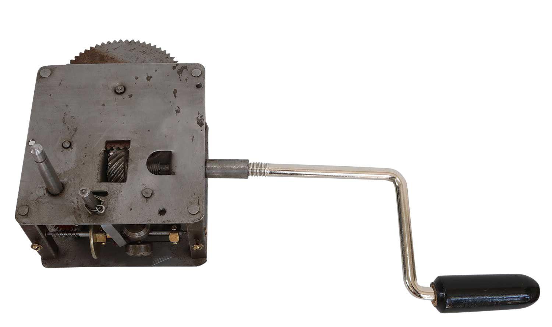 Grammophon Motor Plattenteller Kurbel Set Ersatzteil Antik