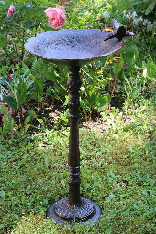 Vogeltränke Vogelbad Garten Vogelbecken Vogel Eisen antik Stil ...