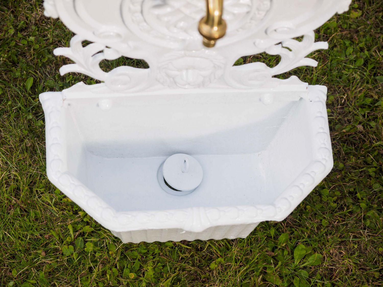waschbecken l we wandbrunnen garten alu brunnen weiss antik stil wall fountain ebay. Black Bedroom Furniture Sets. Home Design Ideas
