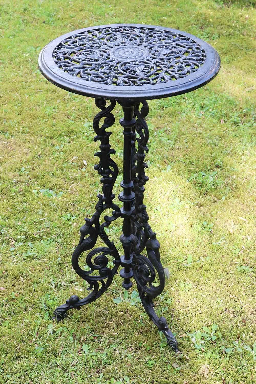 Garden Table 10kg Cast Iron 72cm Side Table Iron Antique